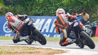 Yamaha R15 one make race round 2