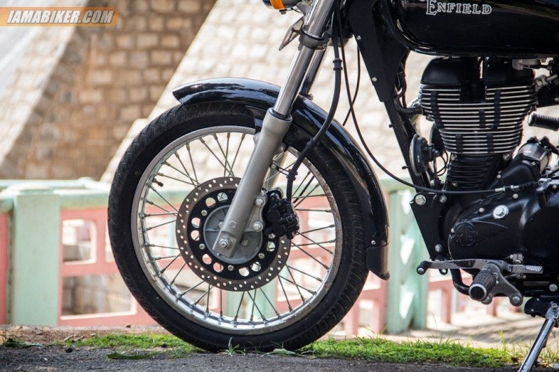 Royal Enfield Thunderbird 500 front tyre and disc