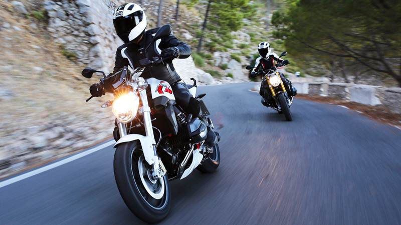 2015 bmw r1200 r featured