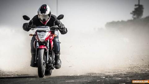suzuki gixxer 155 review featured