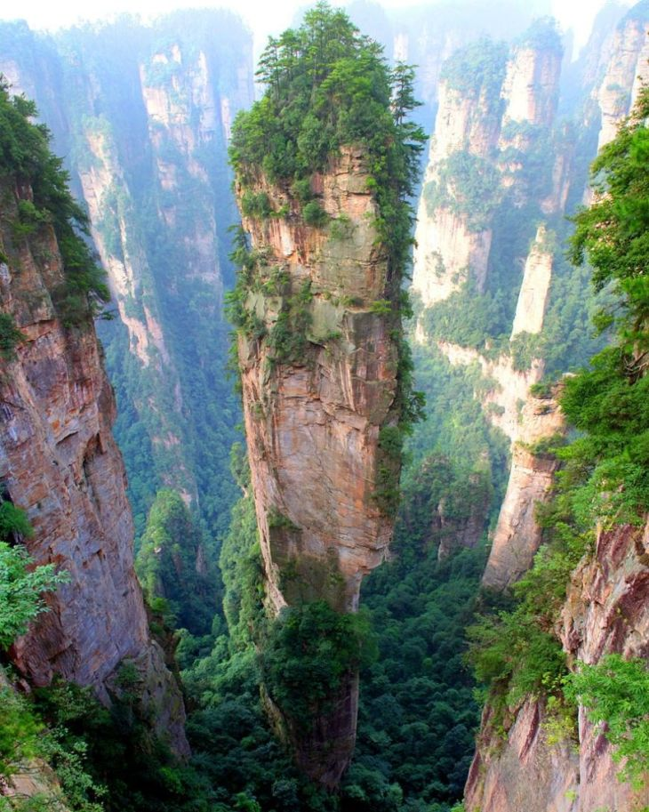 18- Tianzi Mountains (China)