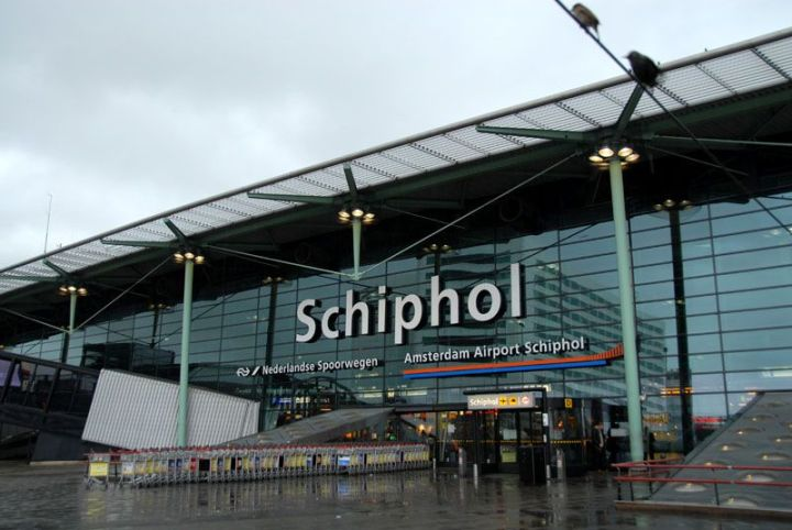 Amsterdam_Airport_Schiphol_Front