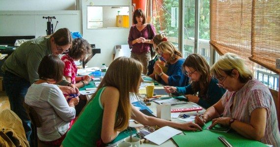 2015.10.05 - Bookbinding Workshops in Brazil (aesop CC BY)