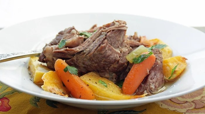 Paleo Simple Beef Pot Roast