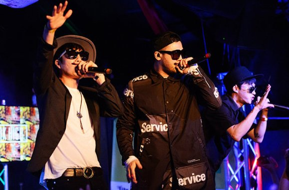 rp_Epik-High-perform-sxsw-2015-billboard-650.jpg