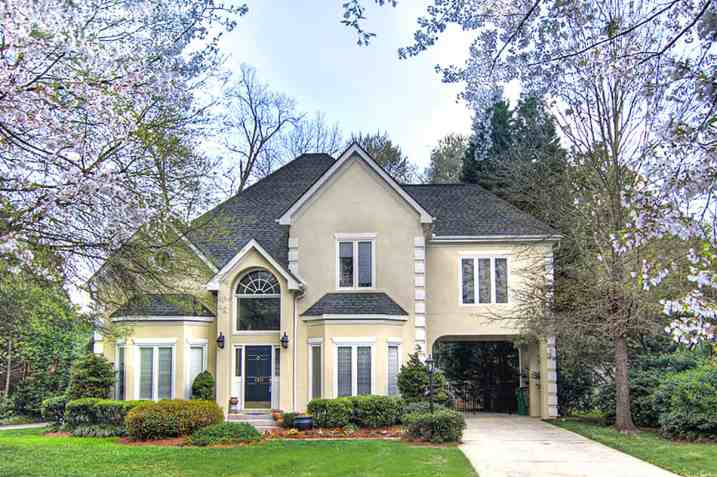 Myers Park Home for Sale on Wyndcrofte Place
