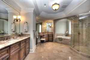 Luxury master bath in Skyecroft home for sale