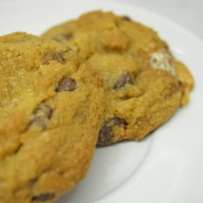Cooking with Crispy: Eggless Chocolate Chip Cookies