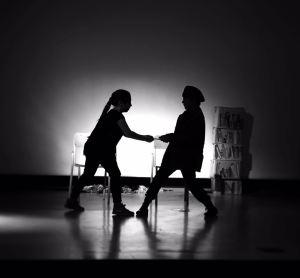 Alcune immagini dallo spettacolo teatrale messo in scena dalla 4^B Fontana (regia Angelo Di Vito)