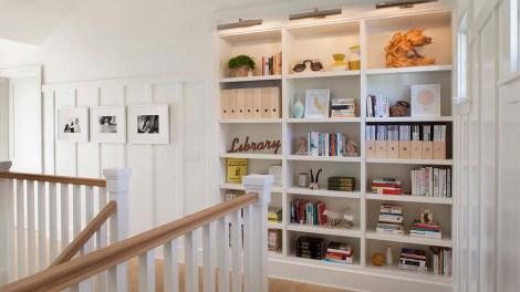 5 Tips: How to Organize Your Bookshelf