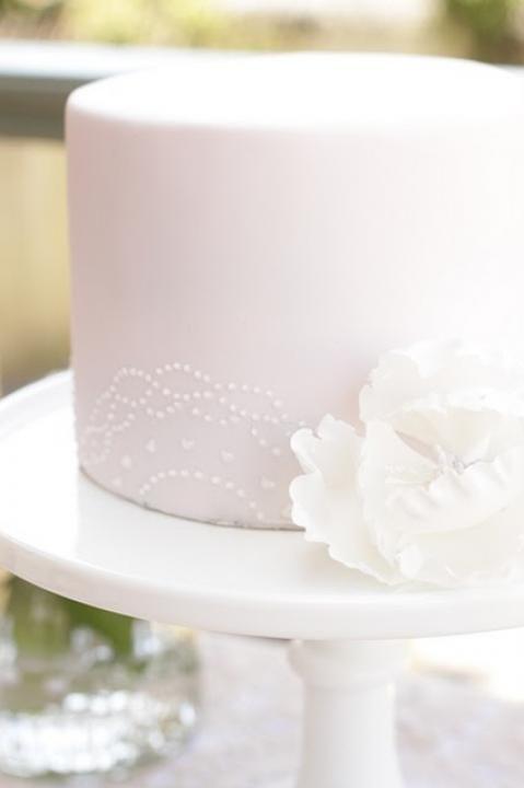 Simple White Cake Images : I Do Take Two Simple, Single-Tier White Wedding Cakes