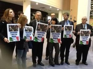 Gli eurodeputati si mobilitano per coinvolgere le Istituzioni a livello internazionale sulla vicenda dei marò italiani