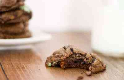 mint oreo chocolate chip cookies1