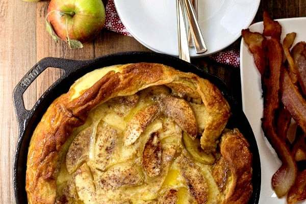 Caramelized Apple German Pancakes