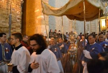 Si rinnova il rito della processione della Sacra Spina