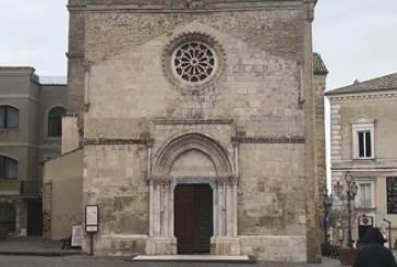 """Infiltrazioni sotto la chiesa, """"Cattedrale a rischio"""""""