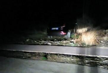 Auto lasciata in sosta sulla ciclabile