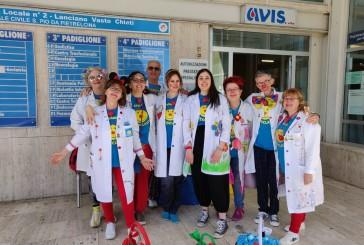 """Festosi auguri in Ospedale dalla Ricoclaun per donare """"attimi di felicità"""""""