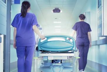Pasqua senza stipendio per 60 ausiliari ospedalieri