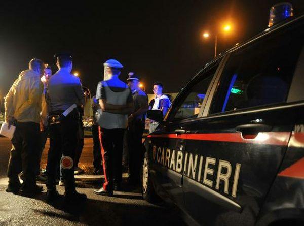 Carabinieri in servizio notturno
