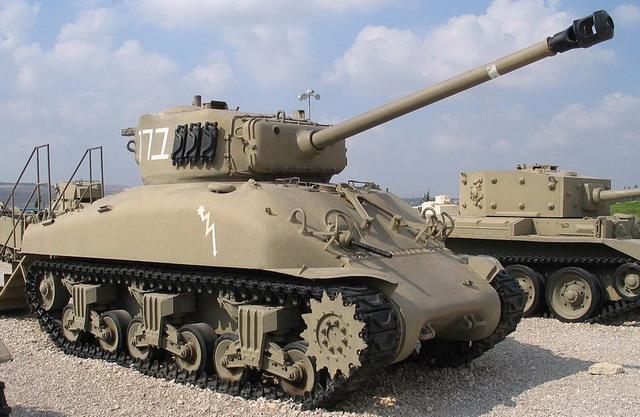 Танк М4 «Шерман». Около 7 тысяч таких танков СССР получил по ленд-лизу