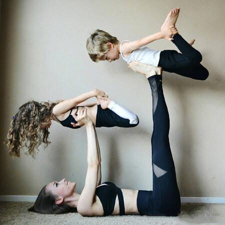 family yoga2