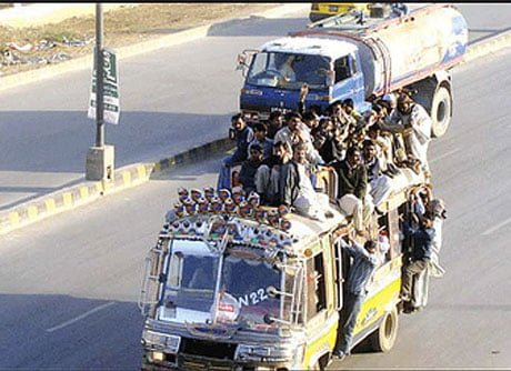 Public transport in karachi