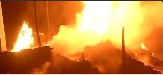 Massive fire breaks out at Delhi's Mongolpuri area