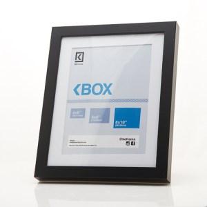 Marco prefabricado KoFrames BOX. Disponible en color Blanco, Negro y Marrón; Tamaño 4×6, 6×8, 8×10.