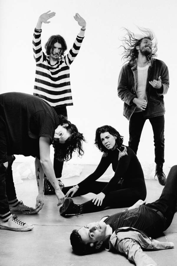 grouplove_credit_-ames-marcus-haney