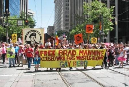 BradleyManningPrideParade