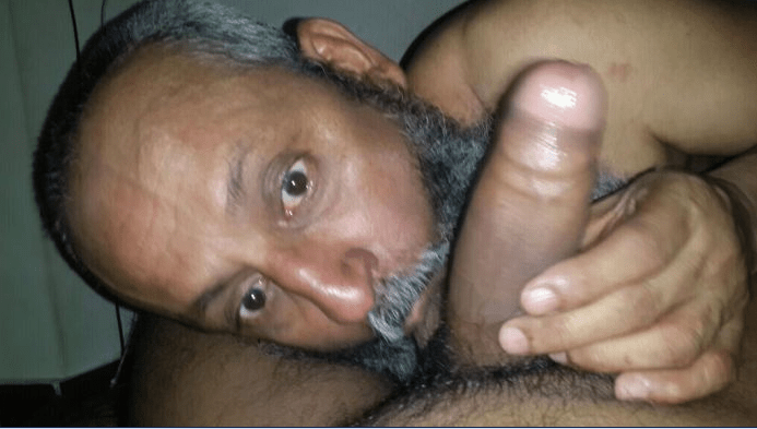 desi indian girl fucked by an old man
