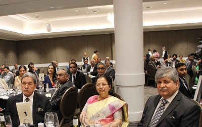 Winston Peters with Sumitra Mahajan and Mahesh Bindra at the Dinner Reception on September 18
