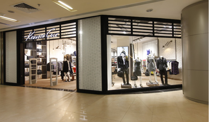 Kenneth Cole to shut all outlets in US
