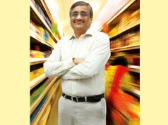 Kishore Biyani's Big Bazaar stores turn into mini ATM; allow consumers to withdraw cash