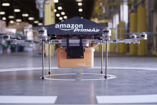 Amazon may plan parachute drops for drone deliveries
