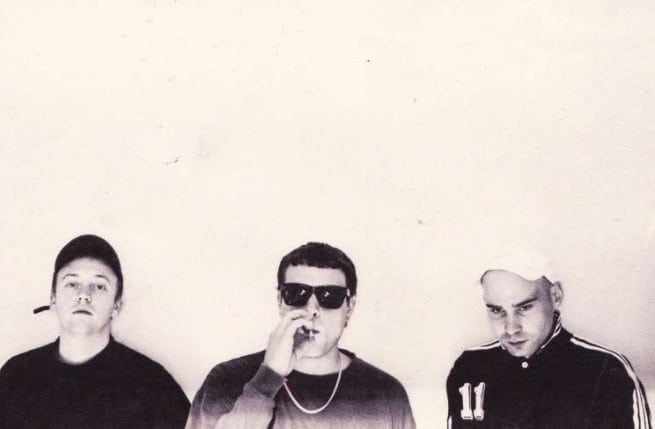 Review: DMA's - Hills End