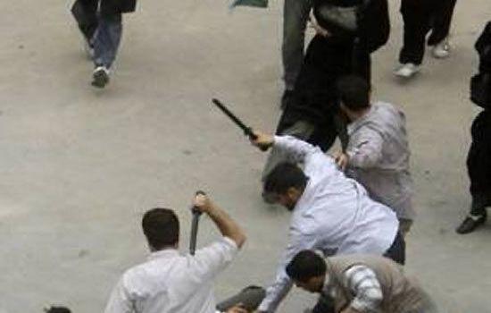 Iran, gli oppositori ancora in piazza. Tra gli arrestati la figlia di Rafsanjani. Da Repubblica di oggi.