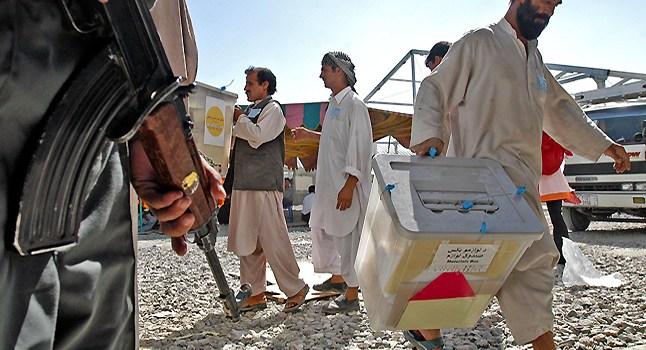 """Elezioni Afghanistan: l'ordine dei Taliban, """"Fuoco fino al Voto"""". Di Guido Rampoldi, Repubblica"""