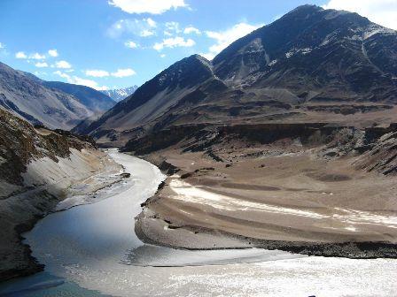 È crisi diplomatica tra India e Cina su Arunachal Pradesh e Kashmir pakistano