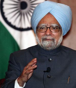 """Manmohan Singh apre al dialogo in Kashmir. """"Tolleranza zero"""" per i crimini dell'esercito."""