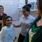 Sakar Galil nella sua aula presso Focsiv a Kirkuk. Foto Emanuele Confortin