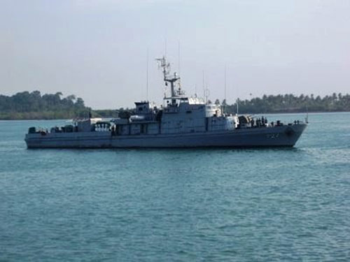 KRI-727-Pulau-Rangsang