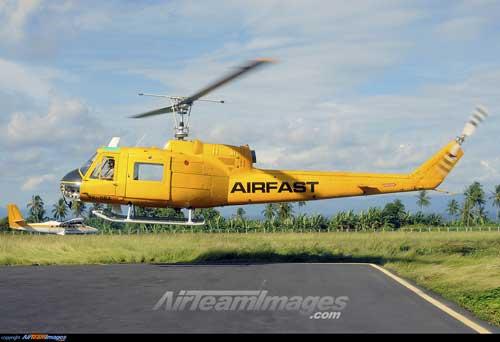 Bell 204B juga pernah digunakan oleh maskapai Airfast di Papua.