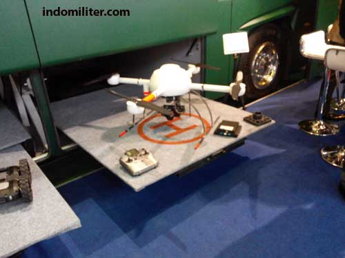 Posisi ruang penyimpanan drone di bagasi bus MCCV.