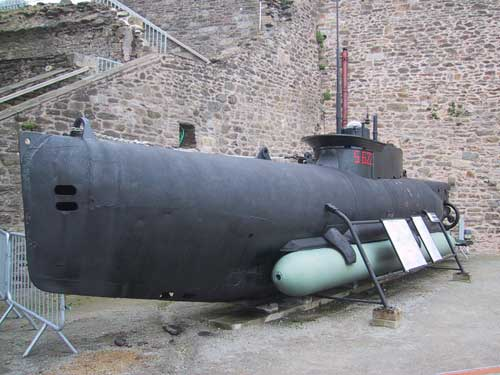 Kapal selam mini Nazi Jerman S622.
