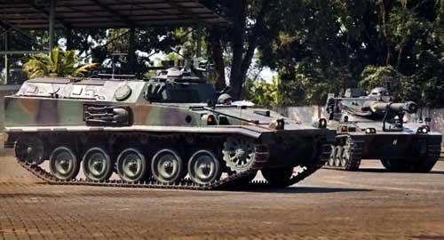 Posisi exhaust yang telah diberi plat pelindung di AMX-13 VCI retrofit.