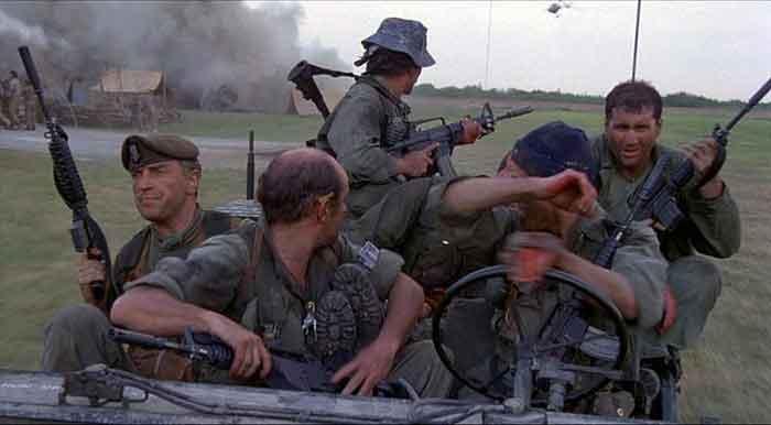 [Resensi] – The Dogs of War – Nasib Sebuah Negara di Tangan Tentara Bayaran