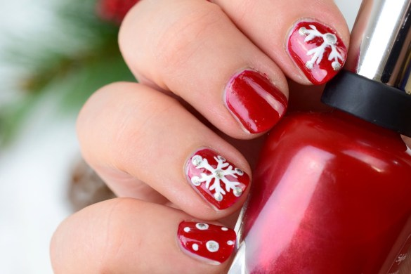 christmas-evening-naildesign-snowflake-tutorial-1