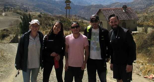 Lykke, Kamila, Camilo, Alejandro and Marcelo at the beginning of the hike to Palca.